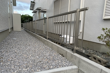 境界 ブロック フェンス